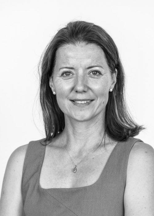 Gabriela Nedomová HR / Provozní Manažer